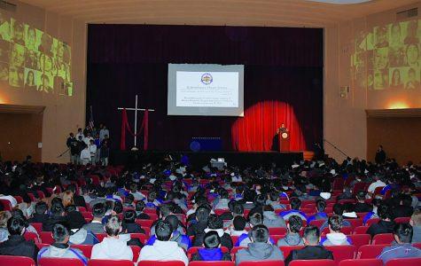 Crusaders pray for Parkland at solemn service