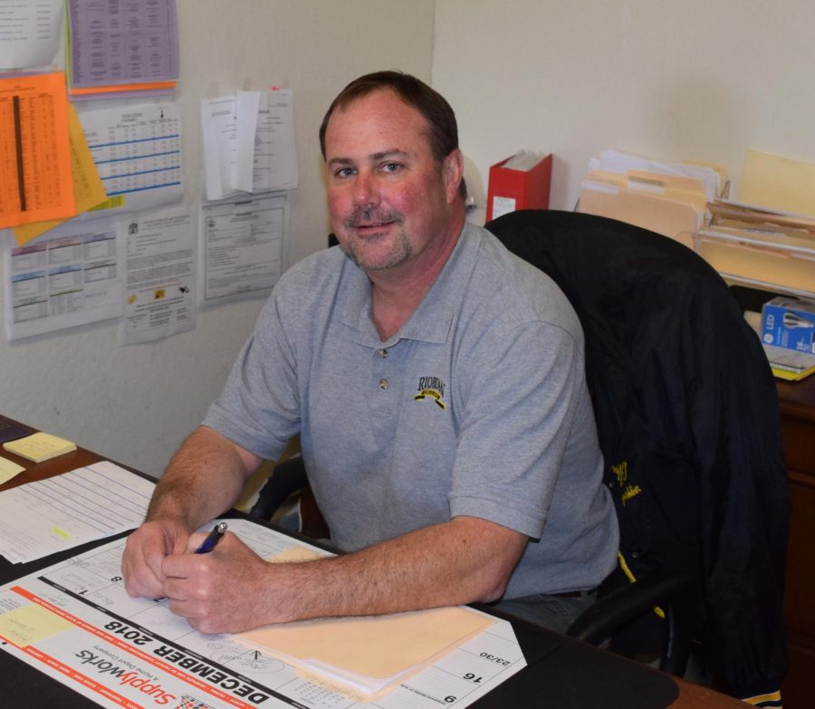 Scott Rea '87, Facilities and Plant Director, is leaving Riordan this month to take a position at the San Mateo County Office of Education after many years of service as a Crusader