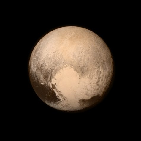 Demoted Pluto may return to planetary status