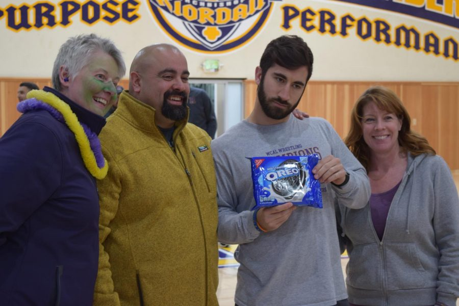 Anne Freeman, Juan Zumbado '98, Joshua Keeney, and Sally O'Connell representing the House of Russi in. the Oreo Game