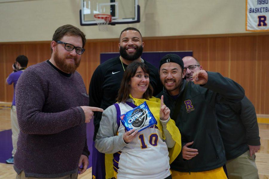 Cory Nelson, Ryan Jones '08, Stephanie Lundin, David Lin '99 and Bob Greene representing the House of Pilar in the Oreo game.