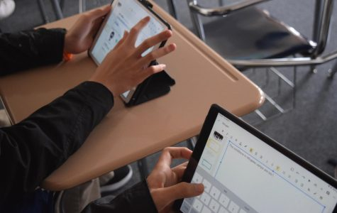 Are iPads in classrooms doing more harm than good? Vargas' View Con