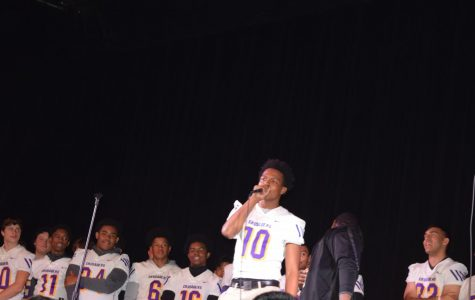 Crusaders celebrate Fall Sports with surprising rally
