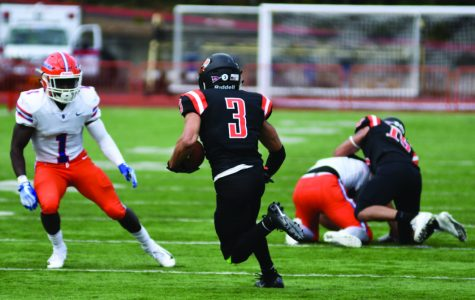 Verba-Hamilton pioneers successful season for Lewis & Clark