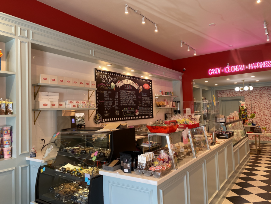 Shaw's reopens to flavorable reviews